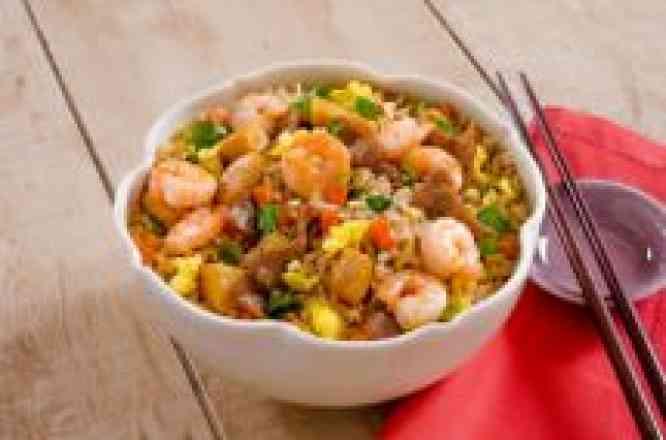 Arroz ao Shoyu com Carne, Frango e Camarão - Padrão