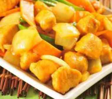 Frango ao Curry - Office (serve 1 pessoa, acompanha arroz)