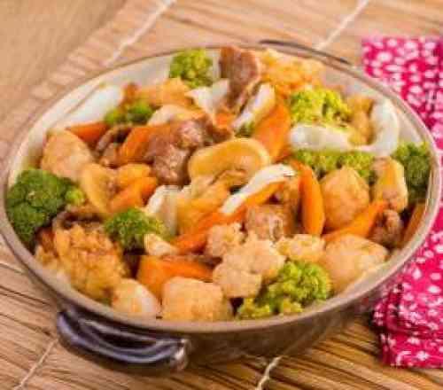 Chop Suey - Office (serve 1 pessoa, acompanha arroz)
