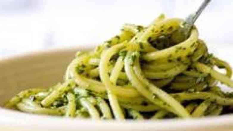 Fettuccine ao Pesto