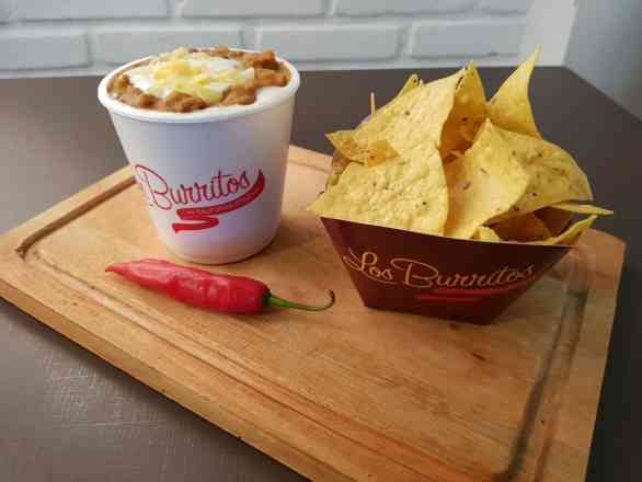 Porção de Chilli - Servido com Nachos